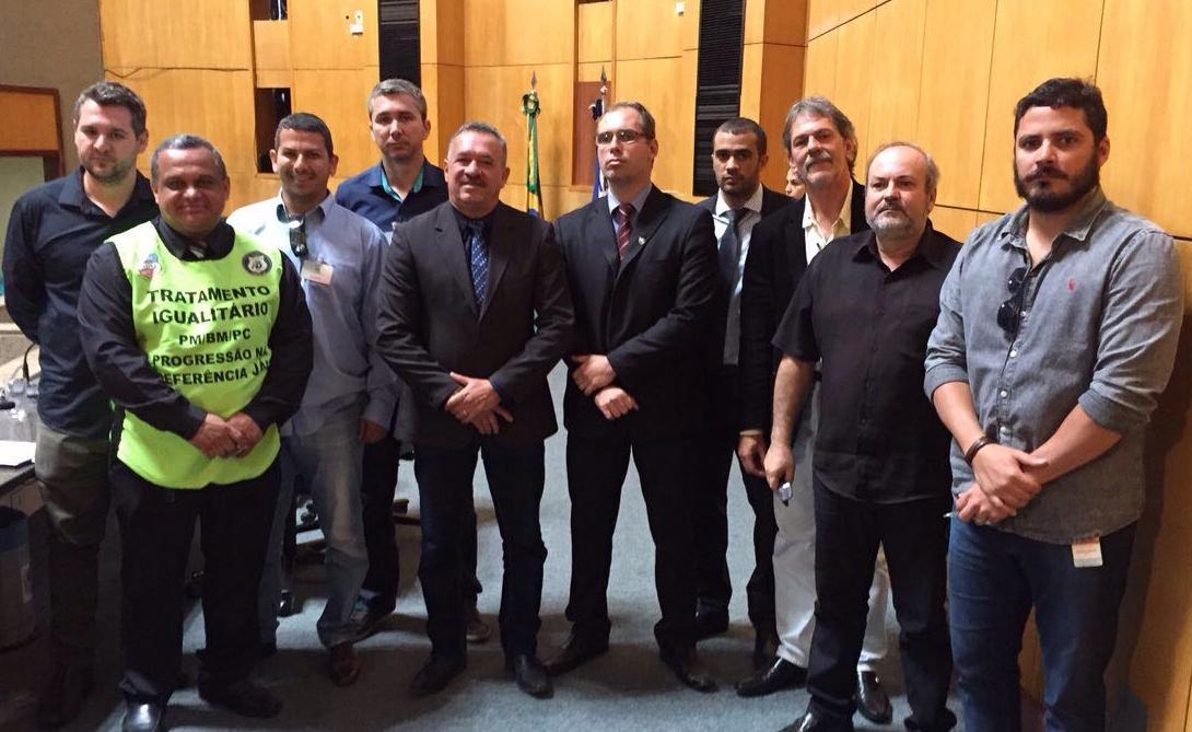 Assembleia Geral Unificada: Entidades Unidas lotam plenário da ALES pela valorização do policial civil