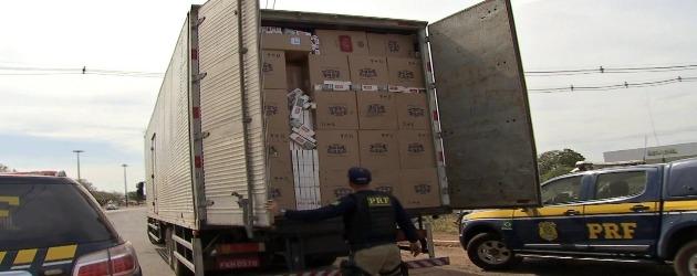 Habilitação de motorista envolvido em contrabando será cassada
